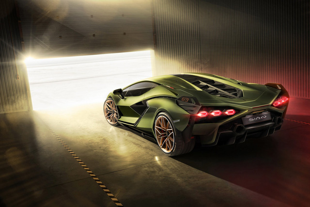 Ra mắt siêu phẩm Lamborghini Sián mạnh 808 mã lực, tốc độ tối đa 350 km/h - Ảnh 2.