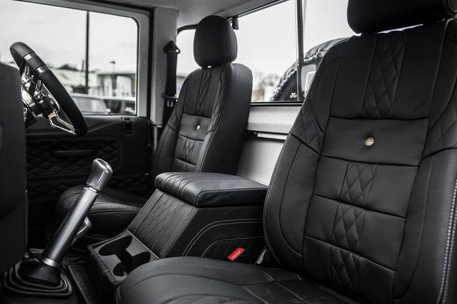 Chiếc bán tải Land Rover Defender siêu độc có giá ngang Mercedes-Benz C-Class - Ảnh 8.