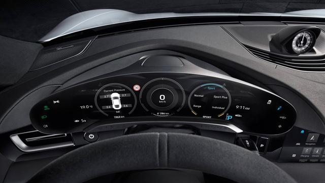 Porsche Taycan ra mắt, xứng danh siêu phẩm chỉ chờ ngày về Việt Nam - Ảnh 12.