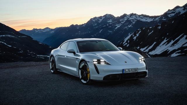 Porsche Taycan ra mắt, xứng danh siêu phẩm chỉ chờ ngày về Việt Nam - Ảnh 7.