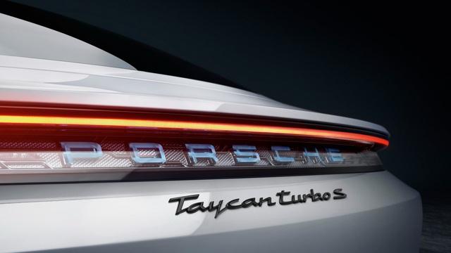 Porsche Taycan ra mắt, xứng danh siêu phẩm chỉ chờ ngày về Việt Nam - Ảnh 5.