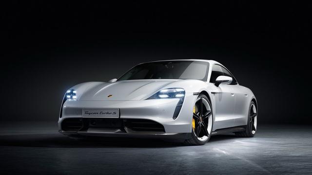Porsche Taycan ra mắt, xứng danh siêu phẩm chỉ chờ ngày về Việt Nam - Ảnh 3.