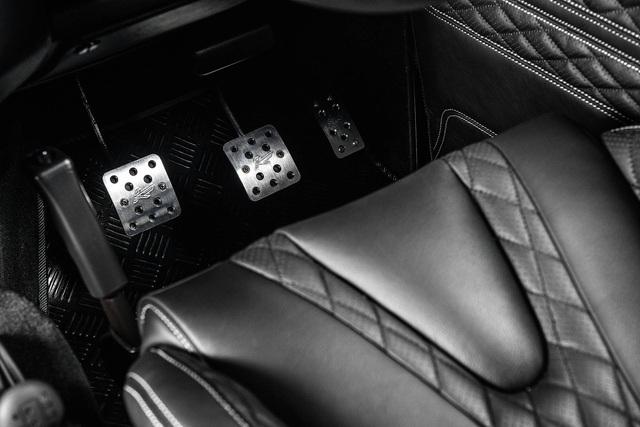 Chiếc bán tải Land Rover Defender siêu độc có giá ngang Mercedes-Benz C-Class - Ảnh 10.
