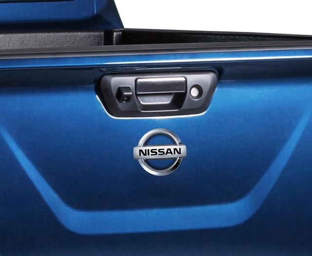 Đuối sức trước Ford Ranger, Nissan Navara tung bản mới thêm trang bị, giá 679 triệu đồng - Ảnh 4.
