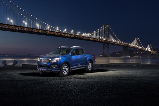 Đuối sức trước Ford Ranger, Nissan Navara tung bản mới thêm trang bị, giá 679 triệu đồng - Ảnh 7.