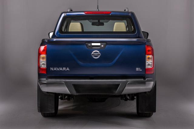 Đuối sức trước Ford Ranger, Nissan Navara tung bản mới thêm trang bị, giá 679 triệu đồng - Ảnh 11.