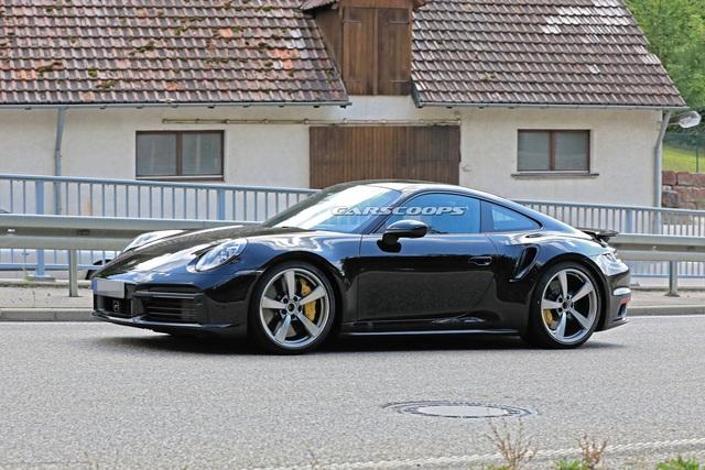 Sau những mòn mỏi chờ đợi, đây chính là những hình ảnh bằng xương bằng thịt của Porsche 911 Turbo Coupe/Cabrio  - Ảnh 4.
