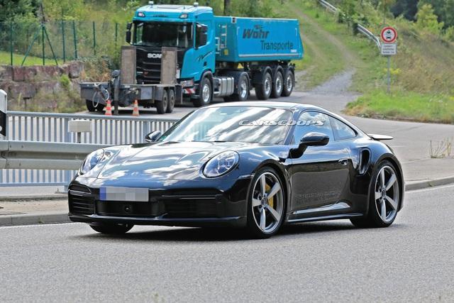 Sau những mòn mỏi chờ đợi, đây chính là những hình ảnh bằng xương bằng thịt của Porsche 911 Turbo Coupe/Cabrio  - Ảnh 1.