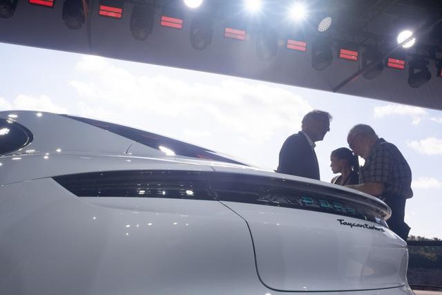 Những điểm nhấn thú vị trên Porsche Taycan sẽ về Việt Nam - Ảnh 8.