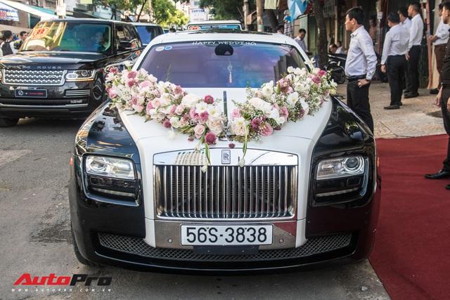 Minh Nhựa ngồi đầu xe Lamborghini Urus chụp ảnh cùng dàn xe hơn 100 tỷ đồng phục vụ đám cưới cô con gái - Ảnh 9.