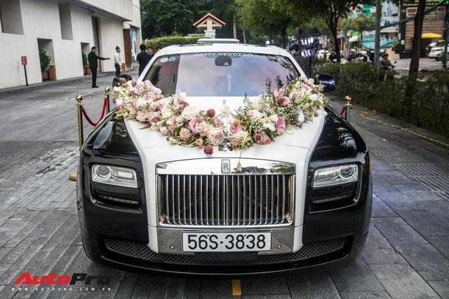 Xem dàn xe trăm tỷ nhà Minh Nhựa vượt mưa lớn vào lễ cưới xa hoa của con gái đầu - Ảnh 2.