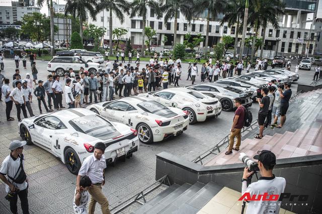 Ông Đặng Lê Nguyên Vũ sẽ mang xe 'khủng' nào tham gia Hành trình từ trái tim miền Tây 2019? - Ảnh 1.