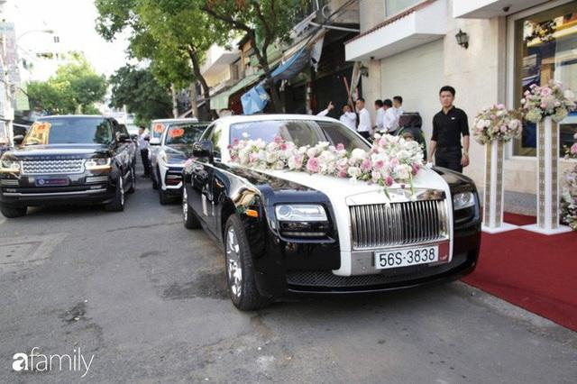 Đại gia Minh Nhựa thể hiện đẳng cấp trong đám cưới con gái: 15 siêu xe gần 100 tỷ hộ tống, ái nữ đeo sính lễ vàng và kim cương mỏi tay - Ảnh 9.