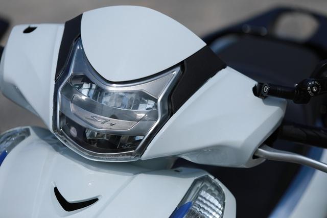 Xưởng độ ở Sài Gòn biến hóa Honda SH125i/150i thành SH300i với chi phí 12 triệu đồng - Ảnh 4.