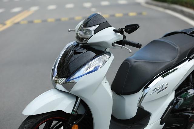 Xưởng độ ở Sài Gòn biến hóa Honda SH125i/150i thành SH300i với chi phí 12 triệu đồng - Ảnh 10.