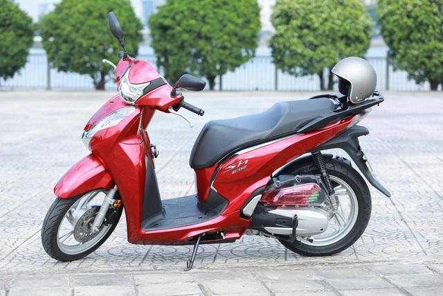 Xưởng độ ở Sài Gòn biến hóa Honda SH125i/150i thành SH300i với chi phí 12 triệu đồng - Ảnh 3.