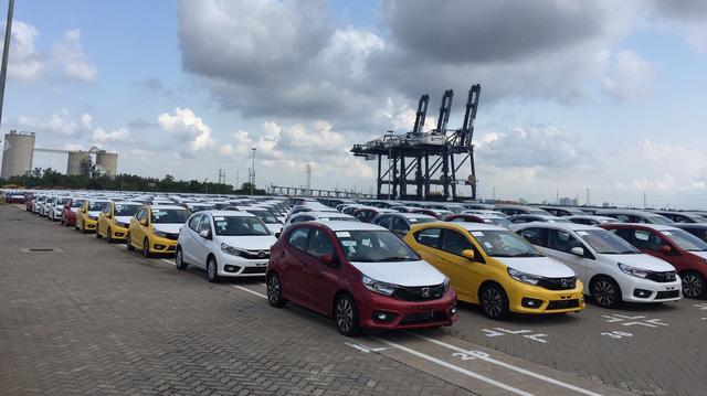 Xe Ấn Độ nhập khẩu giá trung bình 14 tỷ đồng/chiếc, vì sao?