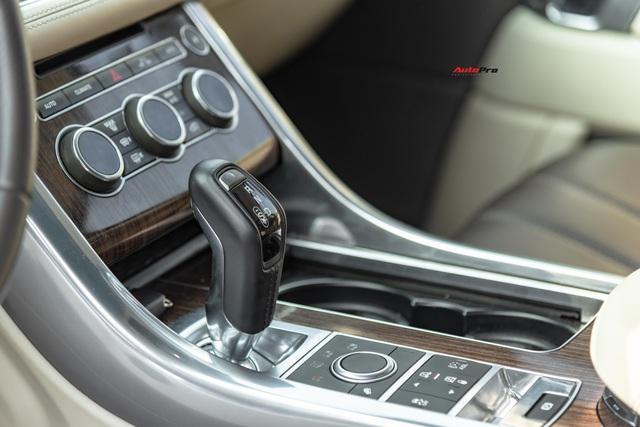 Bán Range Rover Sport Autobiography sau 4 năm, đại gia Sài Gòn vẫn đủ tiền mua Porsche Macan mới coóng - Ảnh 5.