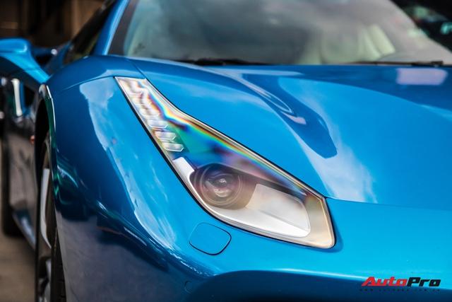 Cận cảnh Ferrari 488 Spider màu xanh dương độc nhất Việt Nam của đại gia Bình Phước - Ảnh 3.