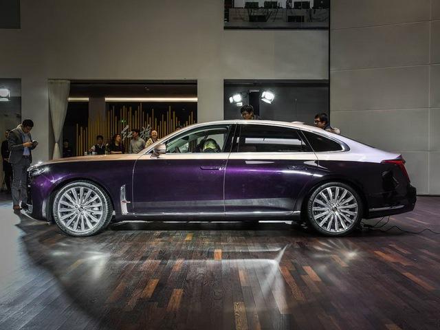 Xe sang Trung Quốc Hongqi H9 nhảy thiết kế Cadillac, Rolls-Royce và Maybach để đấu Mercedes-Benz E-Class - Ảnh 1.