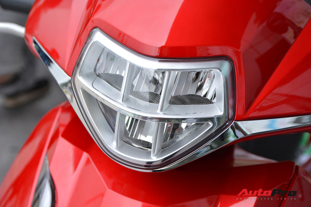 Ra mắt PEGA eSH: Giống từ tên gọi tới thiết kế của Honda SH, giá bán gần 30 triệu đồng nhưng hạ còn 28 triệu cho ai mua luôn - Ảnh 4.