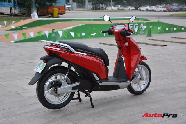 Ra mắt PEGA eSH: Giống từ tên gọi tới thiết kế của Honda SH, giá bán gần 30 triệu đồng nhưng hạ còn 28 triệu cho ai mua luôn - Ảnh 3.
