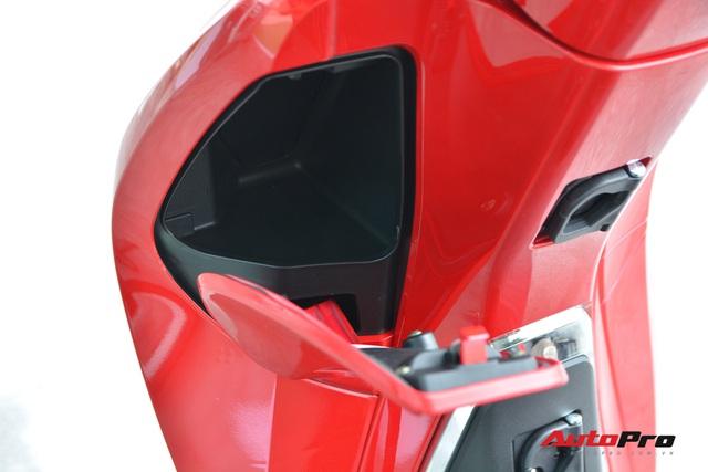 Chi tiết PEGA eSH - Bản nhái táo bạo mạnh miệng 'chiến' với cả ông hoàng xe tay ga Honda SH - Ảnh 9.