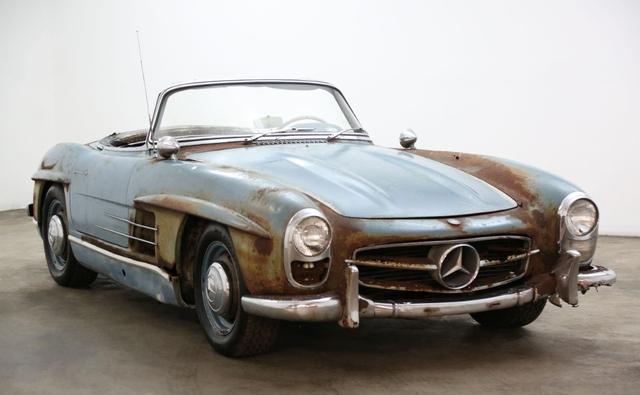 Xe cổ Mercedes-Benz đồng nát giá gần 19 tỷ đồng - Ảnh 1.