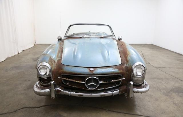 Xe cổ Mercedes-Benz đồng nát giá gần 19 tỷ đồng - Ảnh 3.