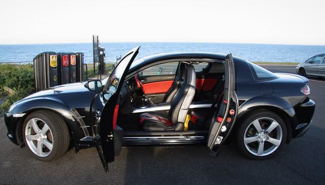 Hàng hiếm Mazda RX-8 được rao bán với màu độc, giá ngang ngửa Hyundai Grand i10 - Ảnh 3.