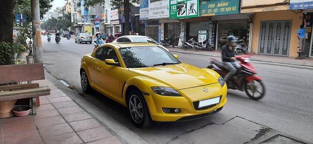 Hàng hiếm Mazda RX-8 được rao bán với màu độc, giá ngang ngửa Hyundai Grand i10 - Ảnh 1.