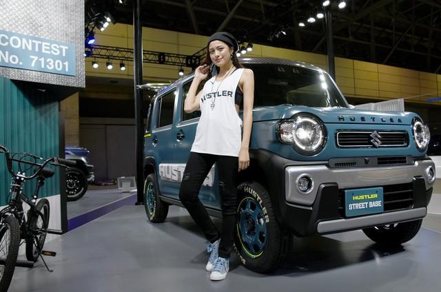 Suzuki tung Jimny đặc biệt siêu hầm hố, nhà di động với trần xe cảm hứng từ Rolls-Royce - Ảnh 4.