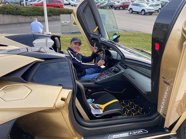 Chủ nhân chiếc Lamborghini Aventador SVJ Roadster của Gia Lai Team là ai? - Ảnh 2.