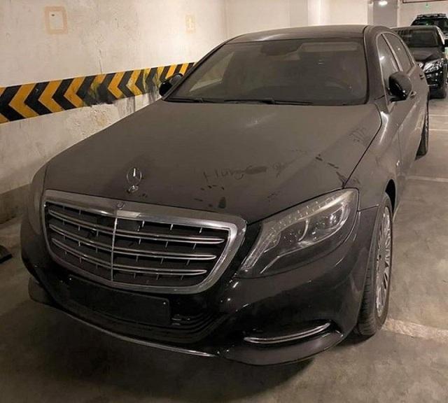Xót xa Mercedes-Maybach S600 14 tỷ phủ bụi ở Hà Nội - Ảnh 2.