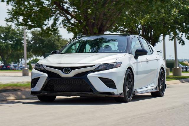 Toyota bán chạy quá cũng là vấn đề - Ảnh 5.