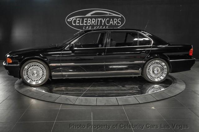 BMW 7-Series của huyền thoại nhạc Rap rao giá hơn 40 tỷ - Ảnh 3.
