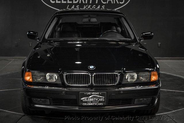 BMW 7-Series của huyền thoại nhạc Rap rao giá hơn 40 tỷ - Ảnh 5.