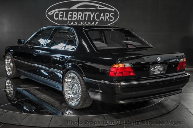 BMW 7-Series của huyền thoại nhạc Rap rao giá hơn 40 tỷ - Ảnh 7.