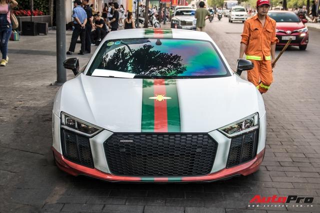 Audi R8 V10 Plus tắc kè hoa nhất Việt Nam tiếp tục thay áo với phong cách thời trang Gucci - Ảnh 12.
