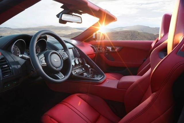 Vừa mua lại xe 1 năm, đại gia Hà Nội đã rao bán Jaguar F-Type độc nhất Việt Nam với giá đắt ngang Mẹc S mua mới - Ảnh 4.