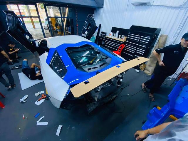 Đổi chủ, Lamborghini Aventador độ Liberty Walk bản giới hạn lên đời bộ cánh mới, tông xuyệt tông với người anh em chung nhà - Ảnh 5.