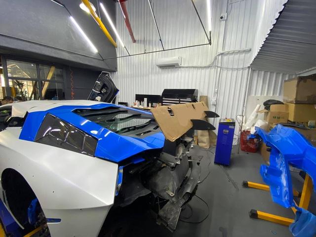 Đổi chủ, Lamborghini Aventador độ Liberty Walk bản giới hạn lên đời bộ cánh mới, tông xuyệt tông với người anh em chung nhà - Ảnh 6.