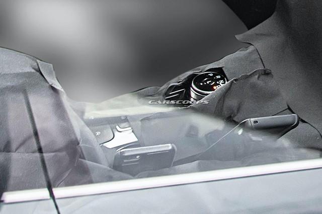SUV hoàn toàn mới làm anh em với Escape lần đầu tiên lộ diện nội thất thực tế - Ảnh 3.