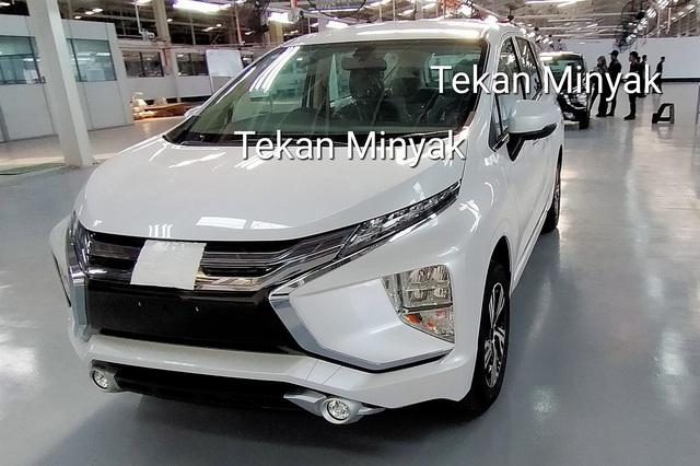 Mitsubishi Xpander phiên bản mới bất ngờ lộ diện tại nhà máy - Ảnh 1.