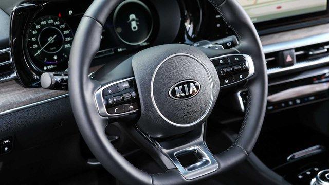 Đánh giá Kia Optima 2020 sắp về Việt Nam: Chỉ mong THACO không cắt bỏ option nào và định giá tốt để đấu lại Toyota Camry - Ảnh 7.