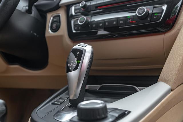 3 năm tuổi, BMW 320i vẫn có giá bán lại cao hơn Toyota Camry mua mới - Ảnh 6.