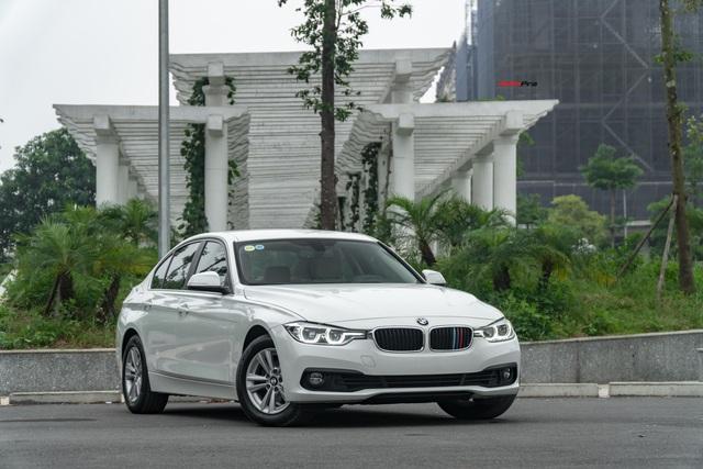 3 năm tuổi, BMW 320i vẫn có giá bán lại cao hơn Toyota Camry mua mới - Ảnh 10.