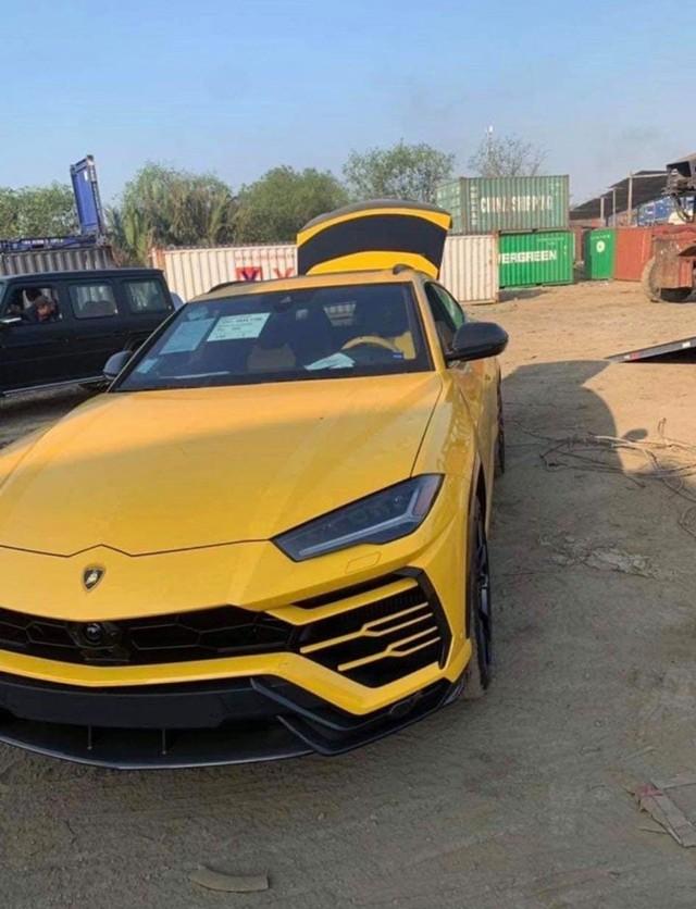 Con trai Bầu Hiển tậu Lamborghini Urus ngày 30 Tết, nhiều trang bị chưa từng xuất hiện tại Việt Nam - Ảnh 2.