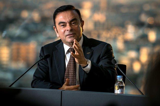 Trốn chui trốn nhủi tị nạn, cựu CEO tai tiếng mạnh miệng tuyên bố Nissan sẽ phá sản trong tương lai gần - Ảnh 1.