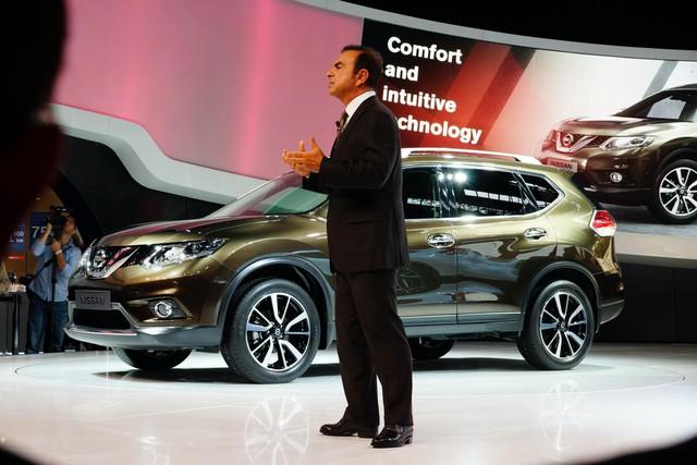 Trốn chui trốn nhủi tị nạn, cựu CEO tai tiếng mạnh miệng tuyên bố Nissan sẽ phá sản trong tương lai gần - Ảnh 2.